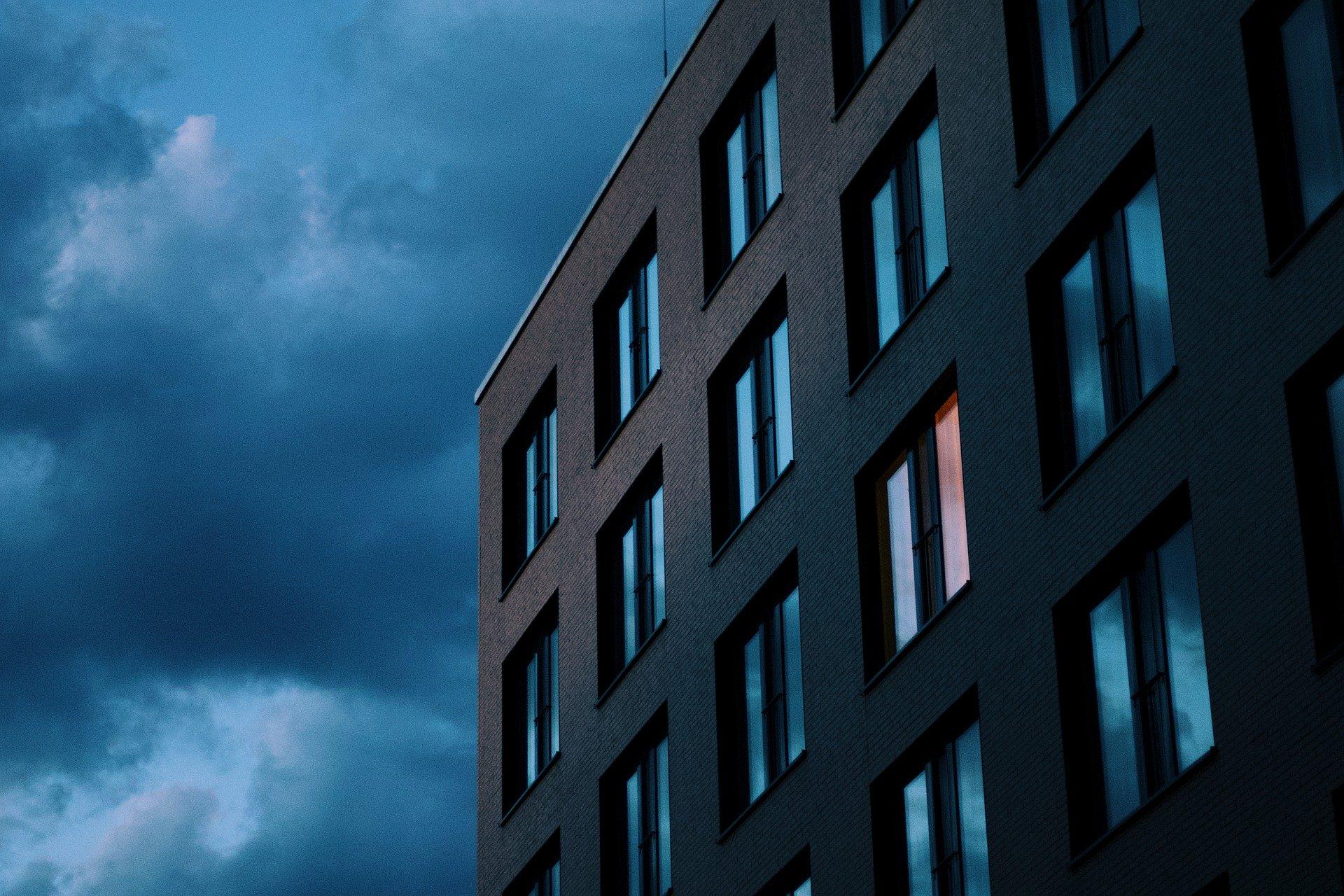 Betriebsschließungsversicherung, Symbolbild leeres Hotel von Valentin J-W from Pixabay
