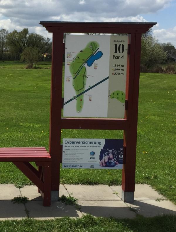 Hinweise zur Cyberversicherung auf dem Golfplatz Wall - Werbung für acant Versicherungsmakler auf der Golfanlage Wall - Handicap verbessern.