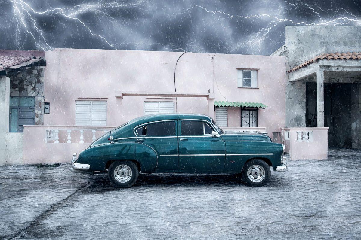 Classic Car voll Wasser? Soforthilfe bei Überschwemmungsschäden am Auto